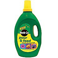 Picture of Miracle-Gro Pour &amp; Feed Liquid Plant Food 3 Litres